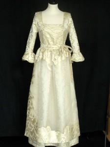 Hochzeitsdirndl Schinke Couture