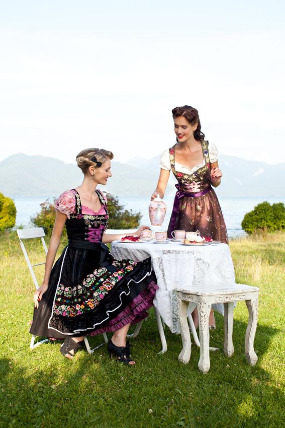 Lola Paltinger Dirndl Oktoberfest