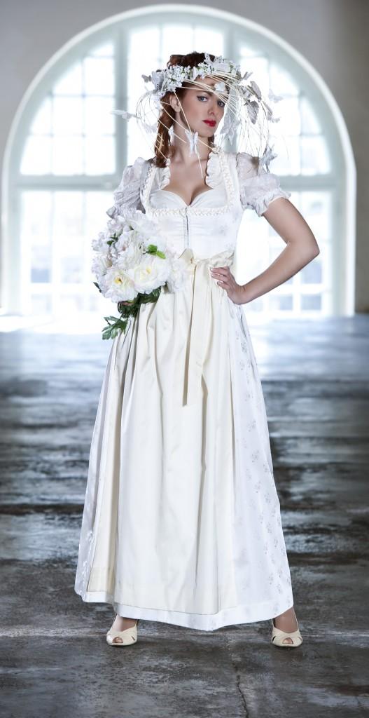Hochzeitsdirndl weiß, HANNA-Trachten