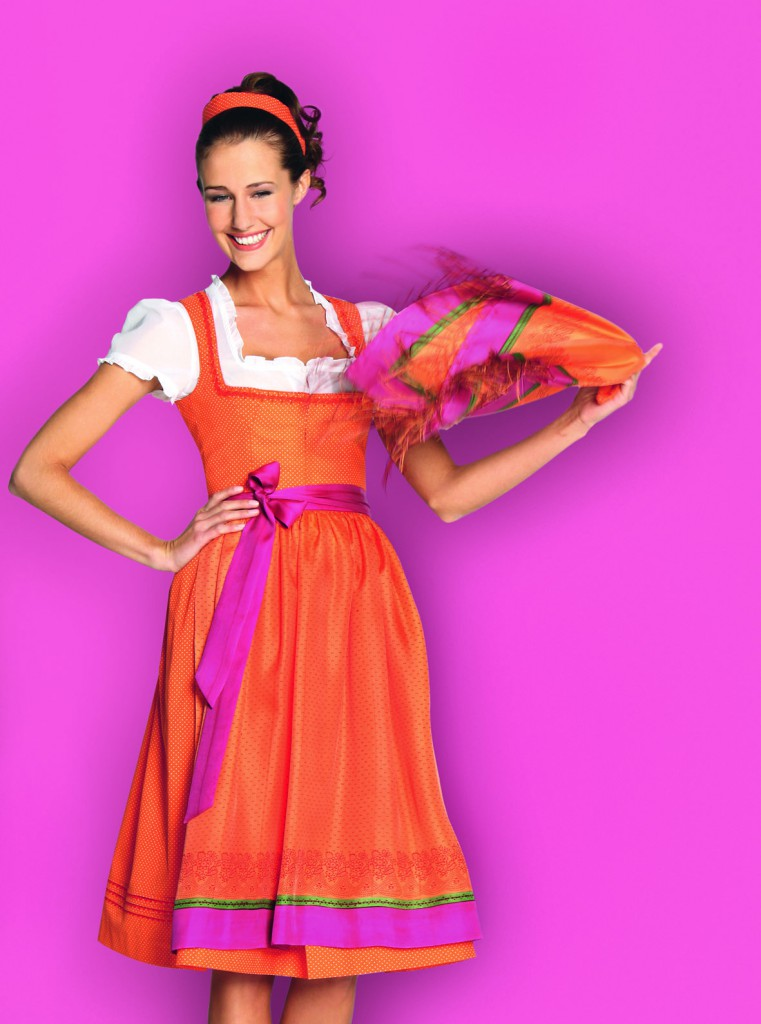 orange getupftes Gssl Dirndl
